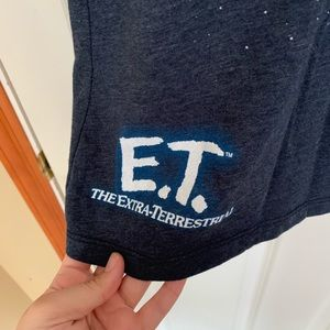 Universal Tops - Universal studios ET t-shirt